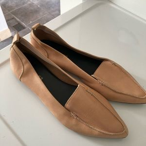 NWOT Aldo tan pointed toe flats loafers